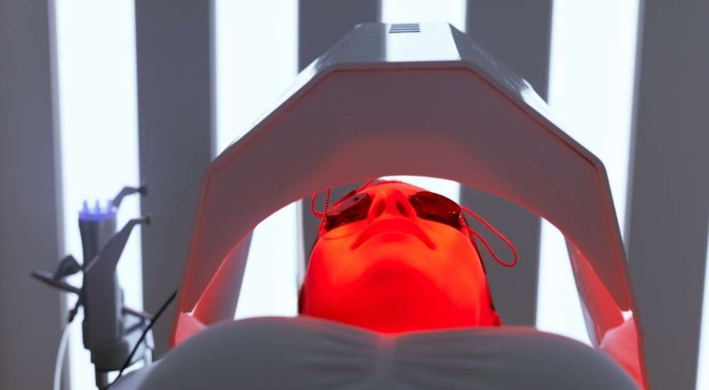 what does red light therapy do for your body